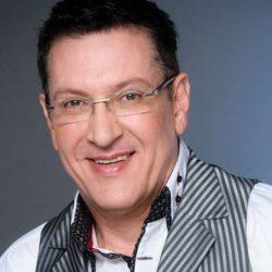 Du Plessis, Dr Gys